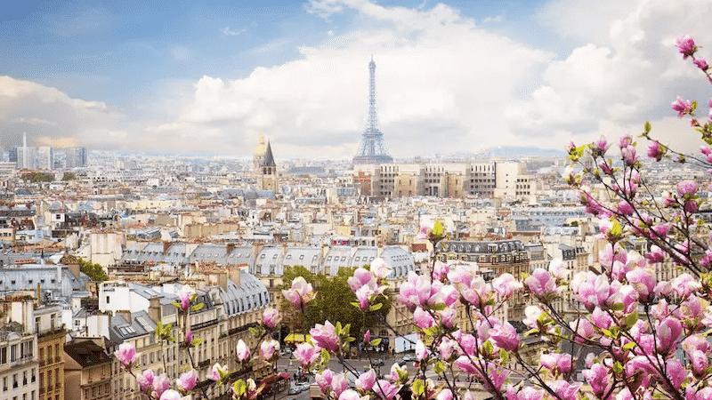 Paisagem de Paris na primavera