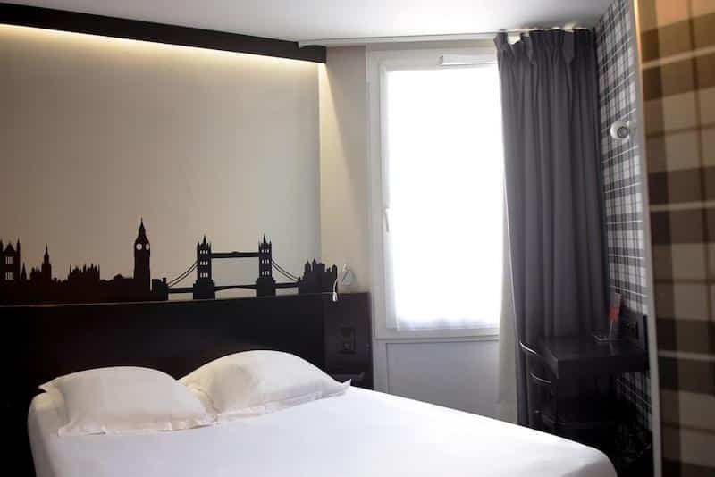 Quarto do Comfort Hotel Davout Nation em Paris