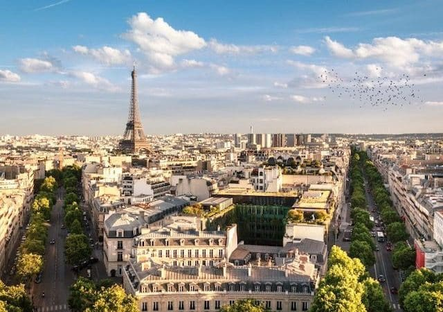 Pacote Hurb para Paris + Praga por R$ 7839