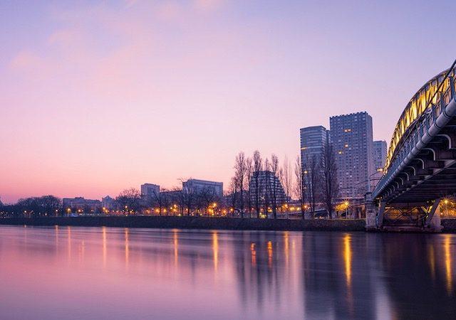 Meses de alta e baixa temporada em Paris