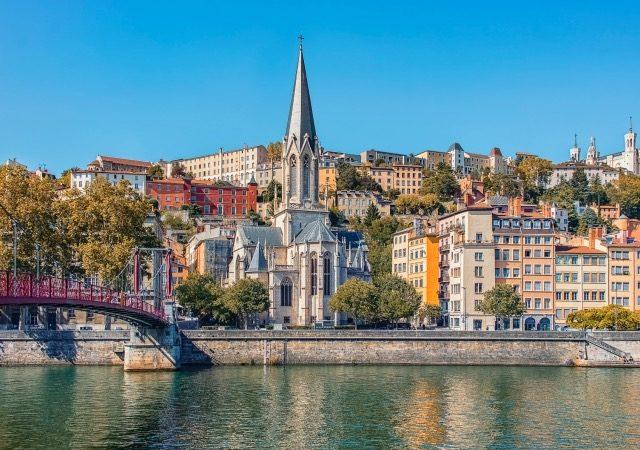 Meses de alta e baixa temporada em Lyon