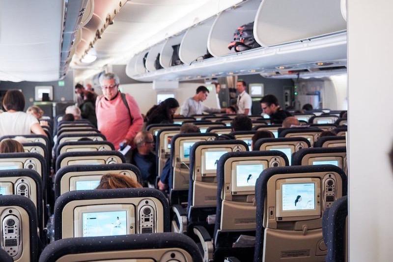 Interior do avião em Lyon
