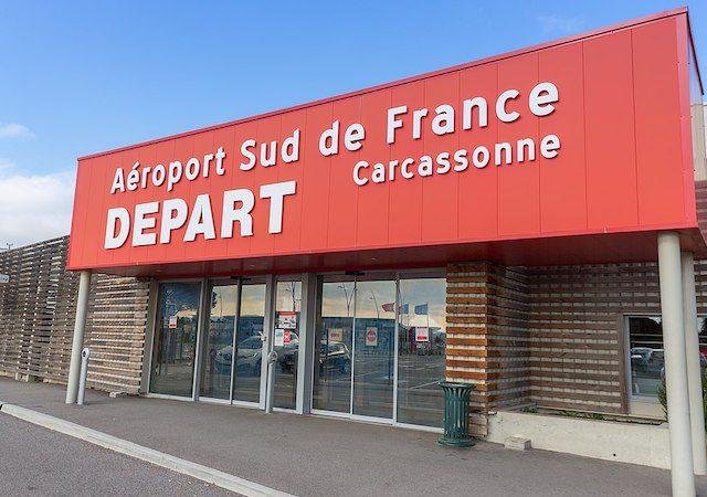 Como ir do aeroporto de Carcassonne até o centro turístico