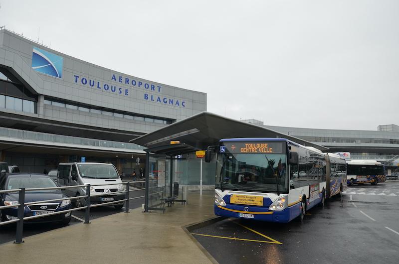 Ônibus do aeroporto de Toulouse até o centro turístico